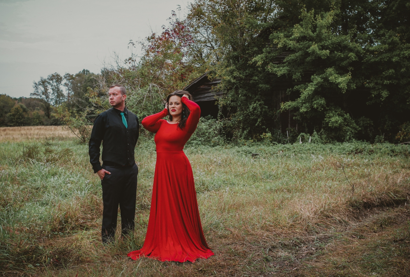 100 Year Old Homes, Abandoned In Virginia, Abandoned Virginia Homes, Dressed To Kill Photography, Models, Old Farm Houses, Open Fields, Red Dress, Styled Modeling, Tashena Shaw Photography, Virginia, Virginia Beach Photographer, Virginia Model Photographer